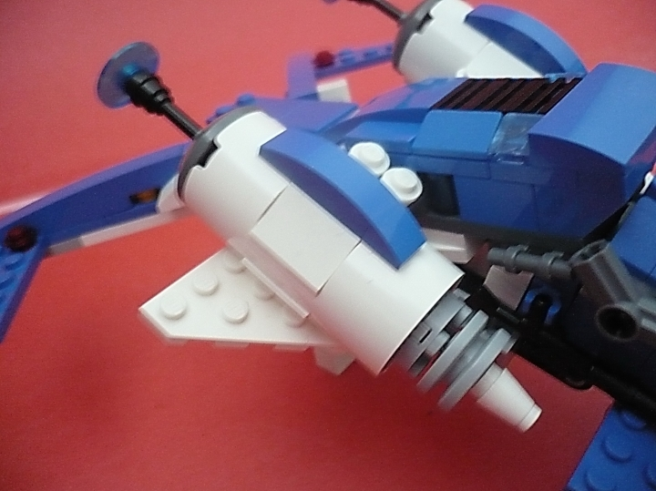 LEGO MOC - In a galaxy far, far away... - 'Blue Sky' starship