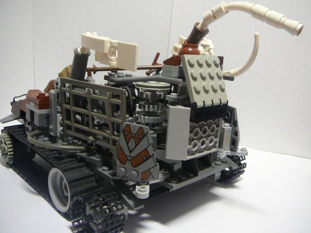 LEGO MOC - Steampunk Machine - Steampunk moving platform: Слева сзади:
