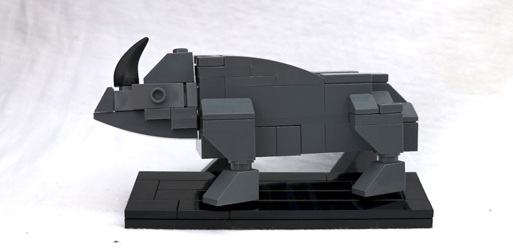 LEGO MOC - 16x16: Animals - Rhinoceros