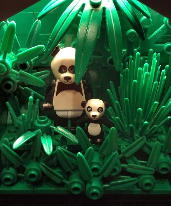 LEGO MOC - Jurassic World - A new exhibit in the city museum: Ailuropoda melanoleuca- is a bamboo bear one of the rarest endangered animals, registered in the International Red Book.
